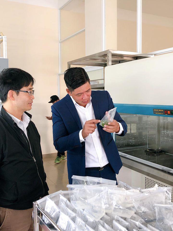 Siêu mẫu Bình Minh ra mắt chuỗi sản phẩm Oganic